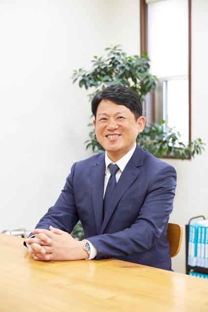 スタッフ紹介「営業の岩本です!」|桜井・橿原の分譲・注文住宅の日生ハウジング