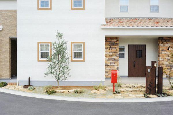 目地が目立たずスッキリ美的!ずっときれいなシーリングレス外壁|桜井・橿原の分譲・注文住宅の日生ハウジング