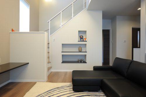 寒い「リビング階段」はもう古い?高気密・高断熱で快適室温とデザインを両立