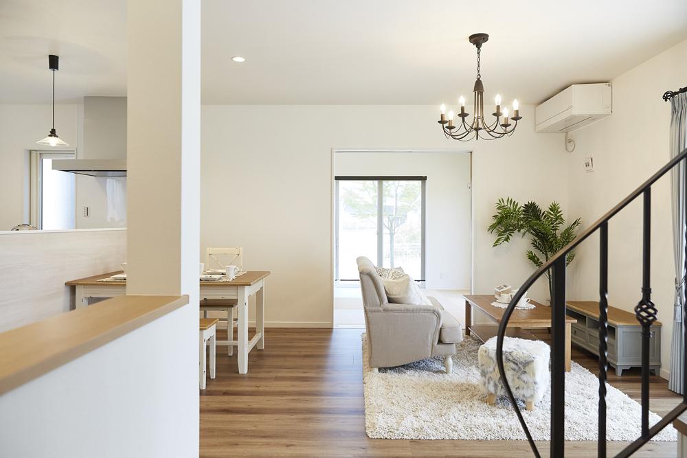 夏でも涼しい家の秘密は、外壁の内側に空気の道をつくること!?|桜井・橿原の分譲・注文住宅の日生ハウジング